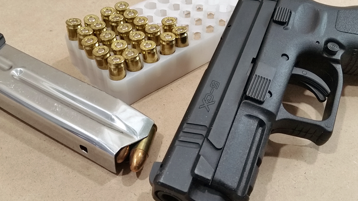 Springfield XD 9mm pistol and ammo